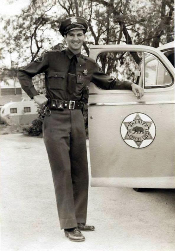 deputy car standing